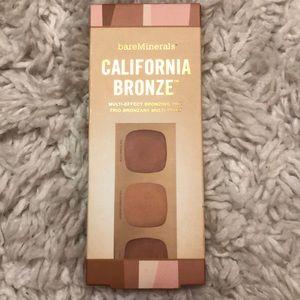 California Bronze mutli-effect bronzing trio